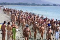 Crowded Beach (2)