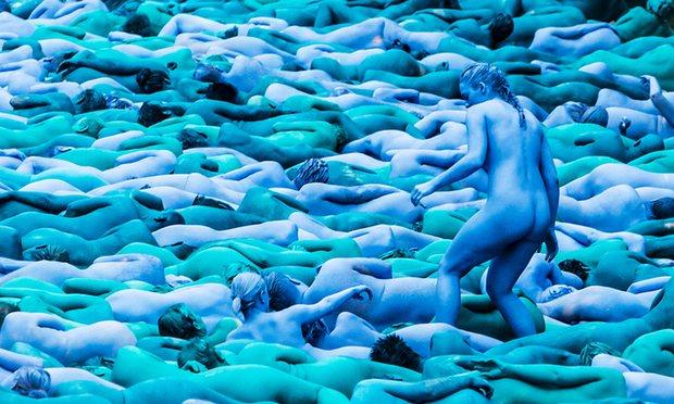 Hull Sea of Blue