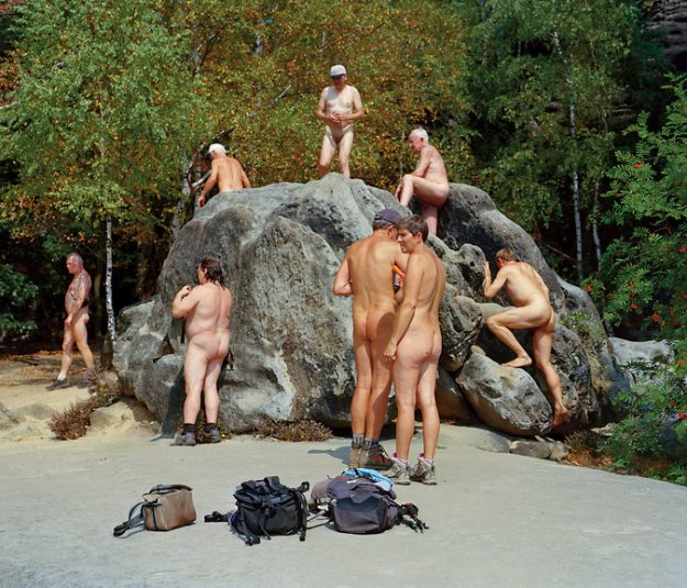24tmag-nudity1-master675