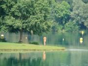 lakeside-walker